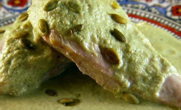 Chicken in green pipian sauce